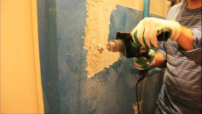 Как очистить бетон от краски?