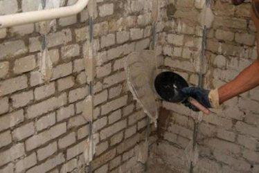 Как штукатурить кирпичную стену цементным раствором на улице закупка бетона м550