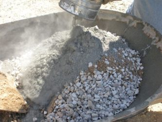 Чем заменить щебень в бетоне?