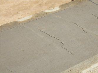 почему потрескался бетон