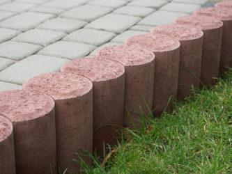 Бордюр на бетоне способы укладки бетонной смеси в конструкцию