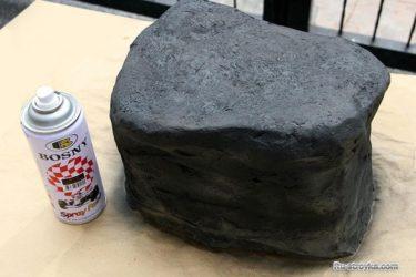 Жидкий бетон в баллонах